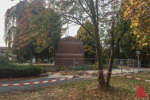 Ob auf diesem Baugrundstück an der Lukaskirche ein Blindgänger im Erdreich liegt, werden die Untersuchungen des Kampfmittelräumdienstes am 2. November ergeben. (Foto: Thomas Hölscher)