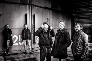 """Die Black Space Riders spielen beim """"Rock for Refugees""""-Benefizkonzert. (Foto: Promo)"""