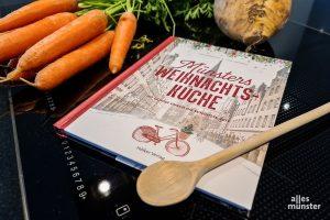 """Regionale Köstlichkeiten der westfälischen Küche machen die Weihnachtszeit zum kulinarischen Genuss. Anregungen zum Selberkochen gibt es im Buch """"Münsters Weihnachtsküche"""". (Foto: Jennifer von Glahn)"""