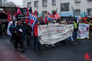 """Die Initiativen """"Münster gegen PEGIDA"""" und """"Keinen Meter den Nazis"""" setzen ein Zeichen. (Foto: th)"""
