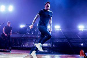 Casper zeigte sich auf der Bühne sehr sportlich. (Foto: th)