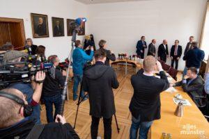 Das Interesse der Medienvertreter ist groß. (Foto: Michael Bührke)