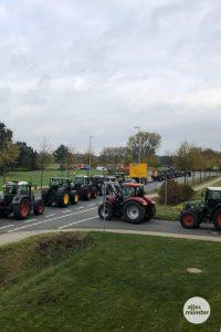 Die Landwirte auf dem Weg in die Stadt. (Foto: Susanne Wonnay)