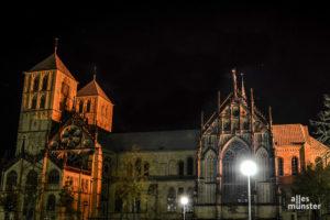 Weil immer weniger Kirchensteuern zu erwarten sind, muss das Bistum Münster künftig sparen - auch an Personalkosten. (Archivbild: Thomas Hölscher)