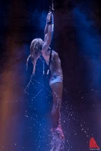 Laura Miller weiß, wie sie die Blicke des Publikums auf sich ziehen kann. (Foto: ts)