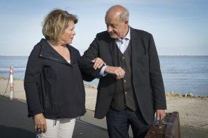 Privatdetektiv Georg Wilsberg (Leonard Lansink) und Kommissarin Anna Springer (Rita Russek) ermittelten vor gut einem Jahr auf Norderney. (Foto: ZDF / Thomas Kost)