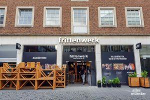 """Neu auf der Salzstraße: """"Frittenwerk"""" öffnet am Freitag, wo bis vor ein paar Monaten noch Küchengeräte und Haushaltsgegenstände verkauft wurden. (Foto: Katja Angenent)"""