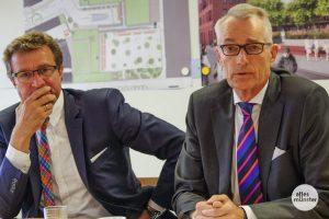 """Den Investoren Max (li.) und Lutz Stroetmann scheint das Lachen beim Thema Hafencenter vergangen zu sein. Jetzt bieten sie Stadt und Politik eine """"letzte Lösung"""". (Foto: Katja Angenent)"""