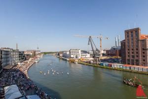 Das Hafenfest lockte bei bestem Wetter Tausende Besucher ans Wasser. (Foto: ml)