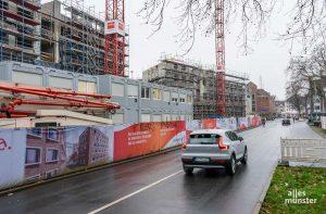 Auf der Rückseite des Hauptbahnhofes werden auf der Bremer Straße die Fernwärme-Transportleitungen erneuert. (Foto: Michael Bührke)