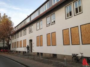 Ab Mitte Dezember sollen Flüchtlinge im alten Zollamt unterkommen. (Foto: th)