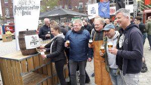 Fassanstich: Gestern Abend wurde auf dem Gelände am Hawerkamp das Hopfenfest Münster eröffnet. (Foto: Michael Wietholt)