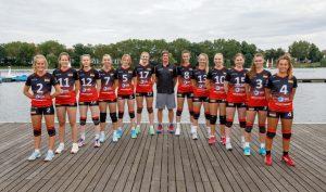 Die WWU-Volleyballerinnen mit Trainer Nils Kaufmann sind bei den EUC in Polen dabei. (Foto: Jörg Papke)