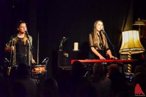 In der Musik verstehen sich die beiden Schwestern blind. (Foto: tm)