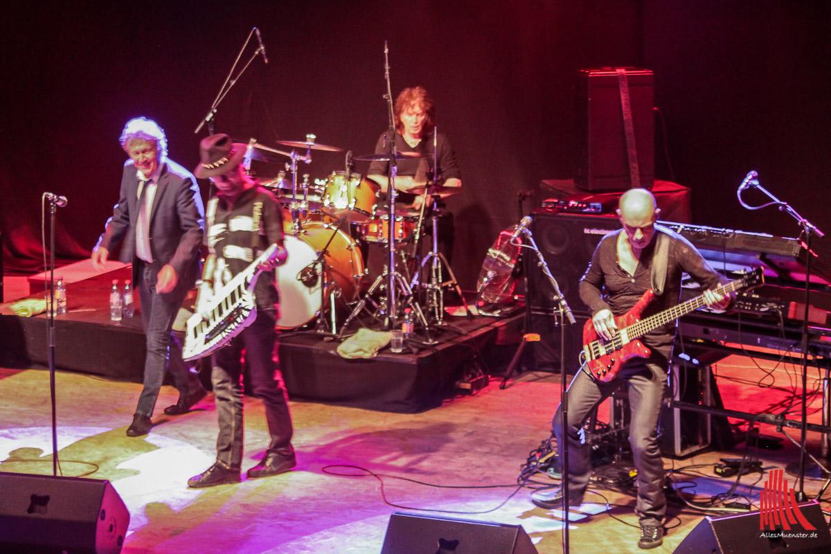 Noch immer Spaß beim Live-Spielen: Manfred Mann's Earth Band. (Foto: bk)