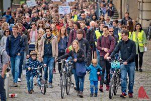 "Rund 600 Personen folgten dem ""March for Science"" in Münster. (Foto: mb)"