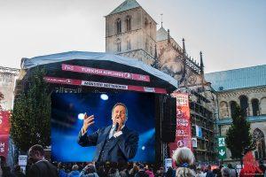 Am Sonntag steigt das große Finale von Münster Mittendrin mit Roland Kaiser auf dem Domplatz. (Foto: sg / Bildmontage / Toni Kretschmer)