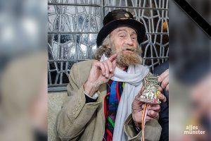 Onkel Willi, Münsters prominentester Straßenmusiker, ist tot. (Archivbild: Thomas Hölscher)