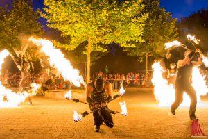 """Feuershow mit """"Firedancer"""". (Foto: th)"""