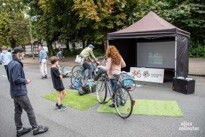 Wer beim Fahrradkino Filme sehen wollte, musste per Pedale die dafür nötige Energie erzeugen. (Foto: Thomas Hölscher)