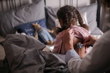 In den Augen der Kinderärzte ist auch für Kinder mit Vorerkrankungen eine Impfung sinnvoll. (Symbolbild: Pexels)