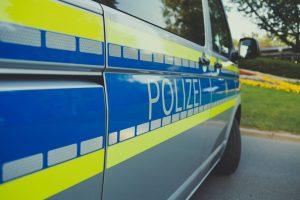 Im Bereich Warendorf nahm die Polizei einen Verdächtigen fest, der offenbar mit dem Kindesmissbrauch in Münster in Zusammenhang steht. (Symbolbild: Markus Spiske / Pexels)