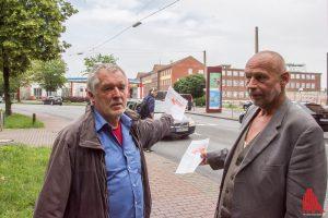 Rainer Bode (li.) und Thomas Krabbe von den Hafen-Initiativen. (Foto: th)