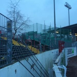 Einige Dresden-Fans demolierten einen Zaun im Gästeblock. (Foto: Polizei Münster)