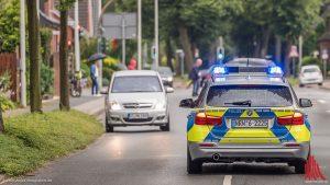 Die Polizei sucht nach einem Unbekannten, der gestern Abend eine Spielhalle überfallen hat. (Symbolbild: ts)
