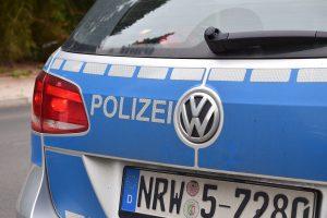 Ein Polizeiwagen stoppte am Morgen einen Transporter, dessen Fahrer offensichtlich verwirrt war. (Symbolbild: CC0)