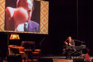 Pawel Popolski kann auch allein unterhalten. (Foto: th)