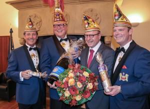 (v.l.:) Adjutant Thomas Straßburg, Prinz Bernard I., Oberbürgermeister Markus Lewe und Adjutant Jan Homann. (Foto: Eve Homann)