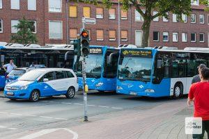 Auch die Busse fahren für den Marathon am Sonntag Umleitungen. (Archivbild: Carsten Bender)