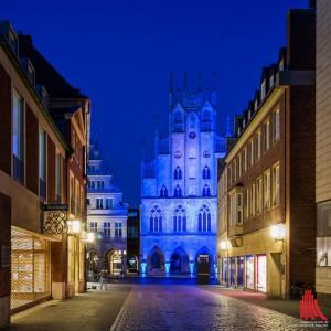 Münsters Rathaus ist ein lebendiger Ort der Geschichtsvermittlung und der Begegnung. Das beweist sicham Sonntagbei spannenden Führungen und Vorträgen. (Foto: wf / Weber)