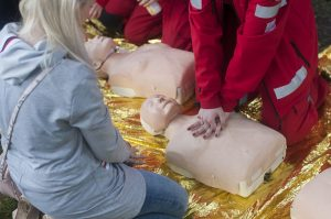 Erste Hilfe kann Leben retten. (Symbolbild: CC0)