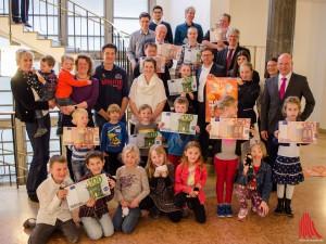 """Stellvertretend für alle Teilnehmer des Projekts """"Sauberes Münster"""" wurden Gruppen und Einzelpersonen geehrt. (Foto: th)"""