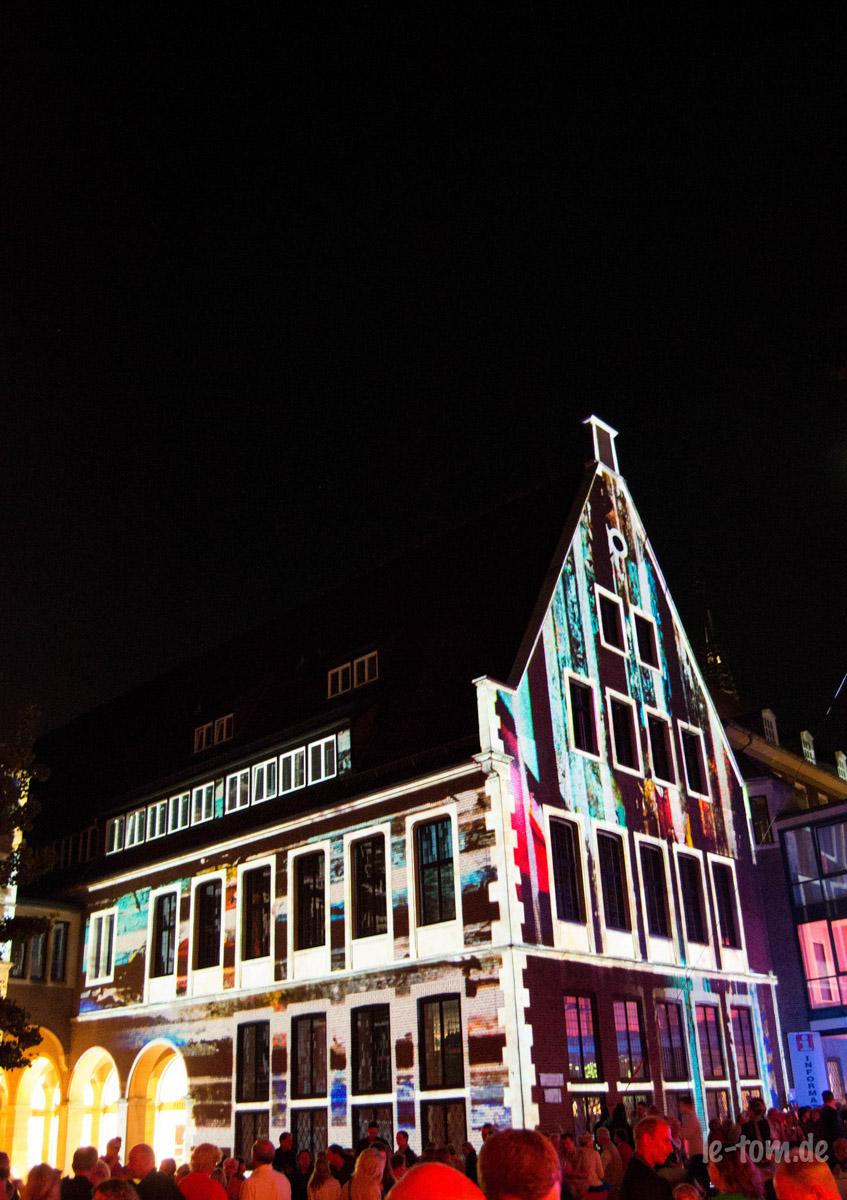 Der illuminierte Rathaus-Innrnhof beim Schauraum 2014. (Foto: th)