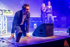 "André Gatzke (li.) mit Lisa Feller und Oliver Pauli vom Improvisationstheater ""Placebo"" (Foto: th)"