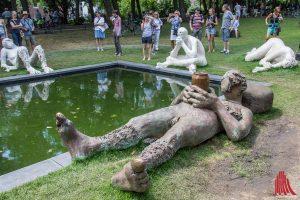"""Ob wir die Arbeit """"Sketch for a Fountain"""" von Nicole Eisenman in der Stadt behalten, ist noch nicht geklärt. Eine Initiative setzt sich dafür ein. (Foto: th)"""