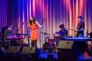 """""""Looking For Ella"""", eine junge Band mit Studenten der Musikhochschule, eröffneten den Konzertabend. (Foto: th)"""