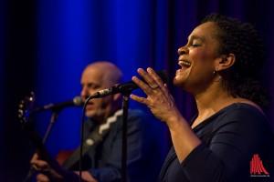 Sängerin Cécile Verny hat den Soul in ihrer Stimme. (Foto: th)