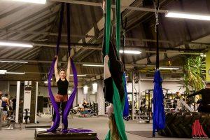 In der Hall Of Sports wird Artistik am Tuch trainiert. (Foto: ka)