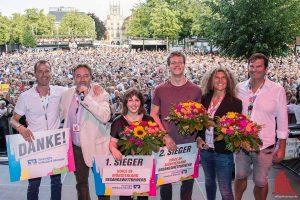 Marie Luise Reuther (3.v.l.) siegte beim Wettbewerb Voice of Münsterland beim Stadtfest Münster Mittendrin. (Foto: th)