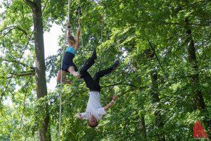 Liv & Tobi zeigten Akrobatik in luftiger Höhe. (Foto: th)