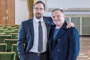 Bleiben bis mindestens 2024 ein Team im Münster-Tatort: Jan Josef Liefers (li.) und Axel Prahl. (Archivbild: Thomas M. Weber)