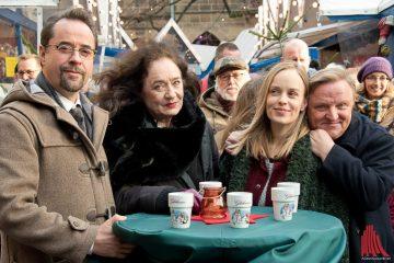 Am Rande des Filmsets beim Münster-Tatort (v.l.): Jan Josef Liefers, Mechthild Großmann, Friederike Kempter und Axel Prahl. (Foto: Michael Bührke)