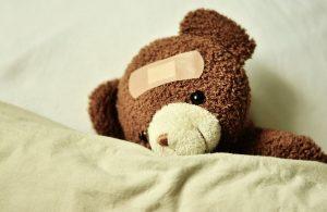 Das Teddbärkrankenhaus soll Kindern die Angst vor dem Arzt nehmen. (Foto: CC0)