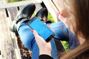 Bei Sorgen rund um das Zeugnis kann der Anruf beim Zeugnistelefon helfen. (Foto: CC0)