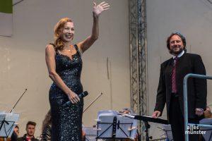 """Ute Lemper präsentiert am 3. Oktober im Theater Münster ihr aktuelles Programm """"Rendezvous mit Marlene"""" mit Liedern der Dietrich. (Foto: Thomas Hölscher)"""