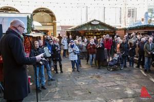 Oberbürgermeister Markus Lewe eröffnete am Mittag den Weihnachtsmarkt. (Foto: cabe)